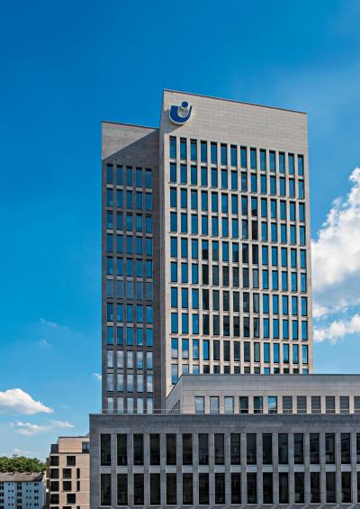 union-investment,gebaeude,hochhaus,modern,himmel,retusche,postproduktion
